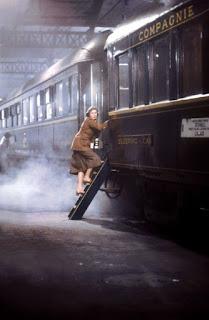 Ingrid Bergman subiendo al Orient Express