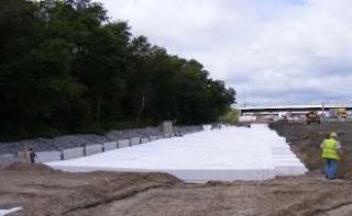 Penempatan geofoam