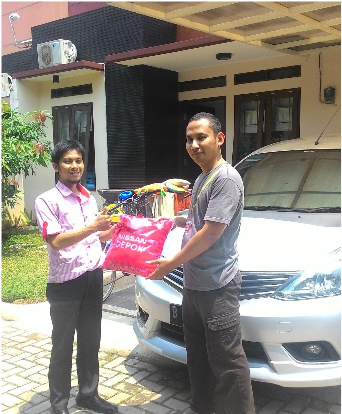 Terimakasih atas kepercayaan Pak Kukuh & Keluarga yg telah membeli Nissan Grand Livina HWS melalui media www.touchnissan.com.  Semoga Berkah ya Pak...