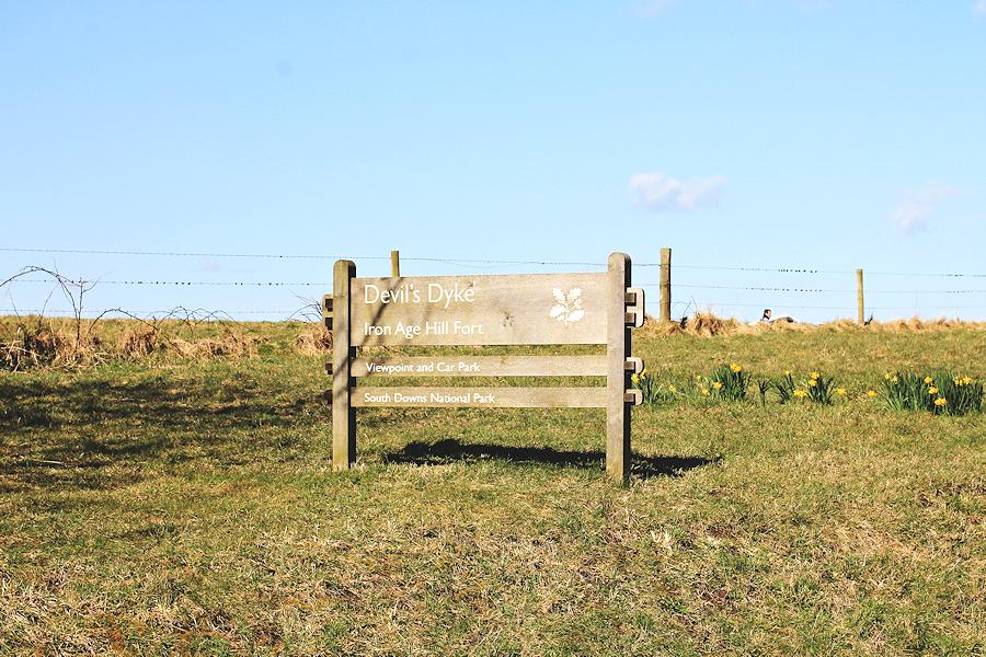 Devil's Dyke Signpost