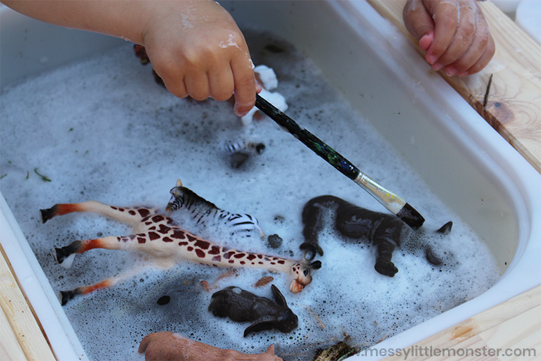 animal sensory play for toddlers