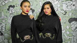 Lirik : Duo Anggrek - Sir Gobang Gosir