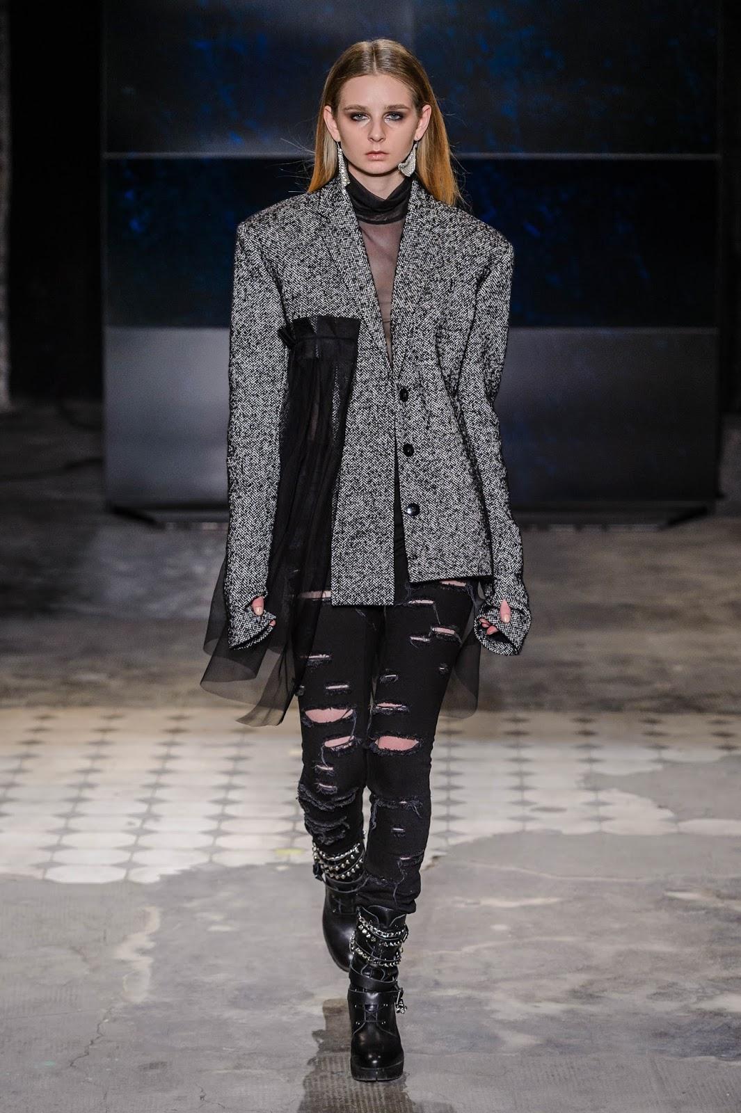 _KTW-LIDIA_KALITA-101117_highres_fotFilipOkopny-FashionImages