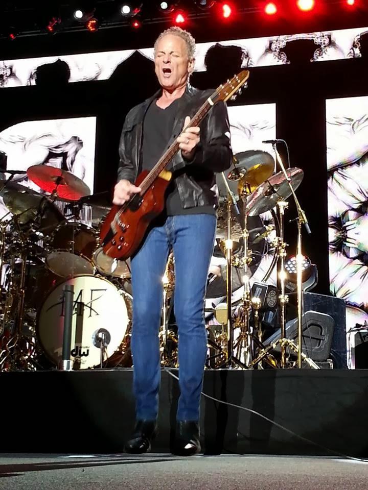 Fleetwood Mac News: Reviews: Fleetwood Mac Live in Birmingham