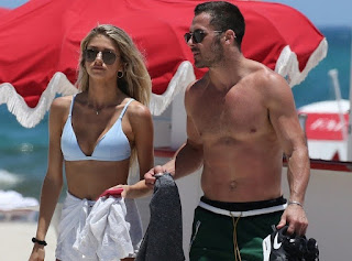 Amendola Was Spotted On Beach Date With Emily Tanner