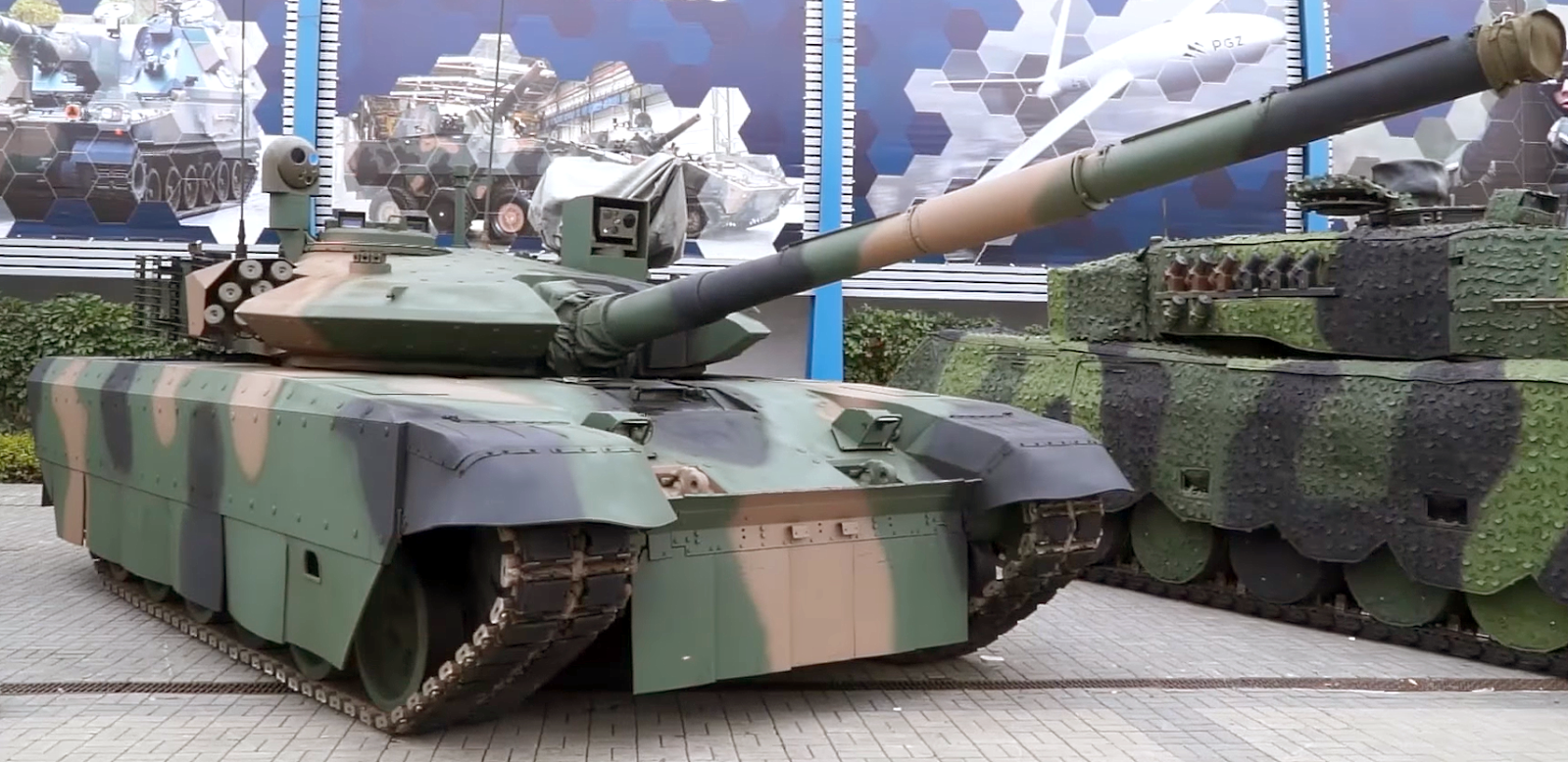 Below The Turret Ring New Polish Afvs Revealed At Mspo