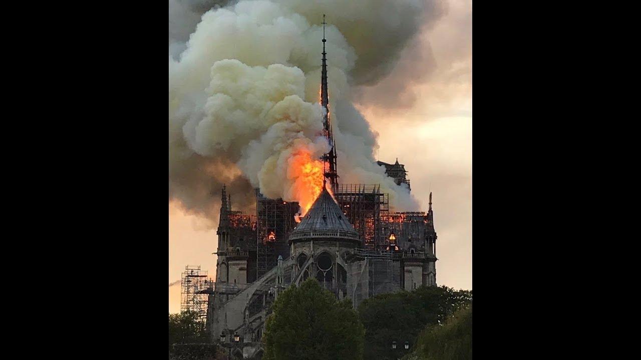 رئيس الوزراء الفرنسي يعلن إطلاق مسابقة دولية لإعادة بناء كاتدرائية نوتردام