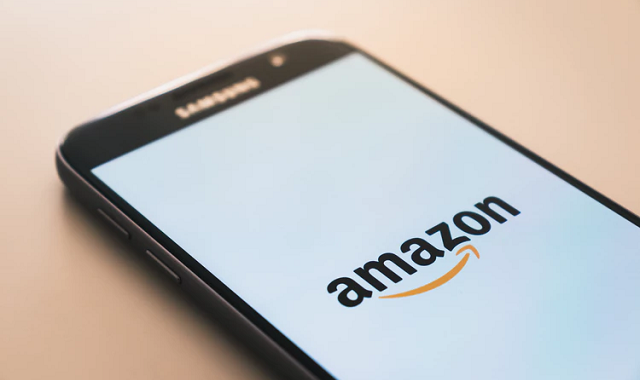 Amazon One wants to use palm recognition to make payments