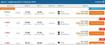 menampilkan daftar pesawat yang tersedia