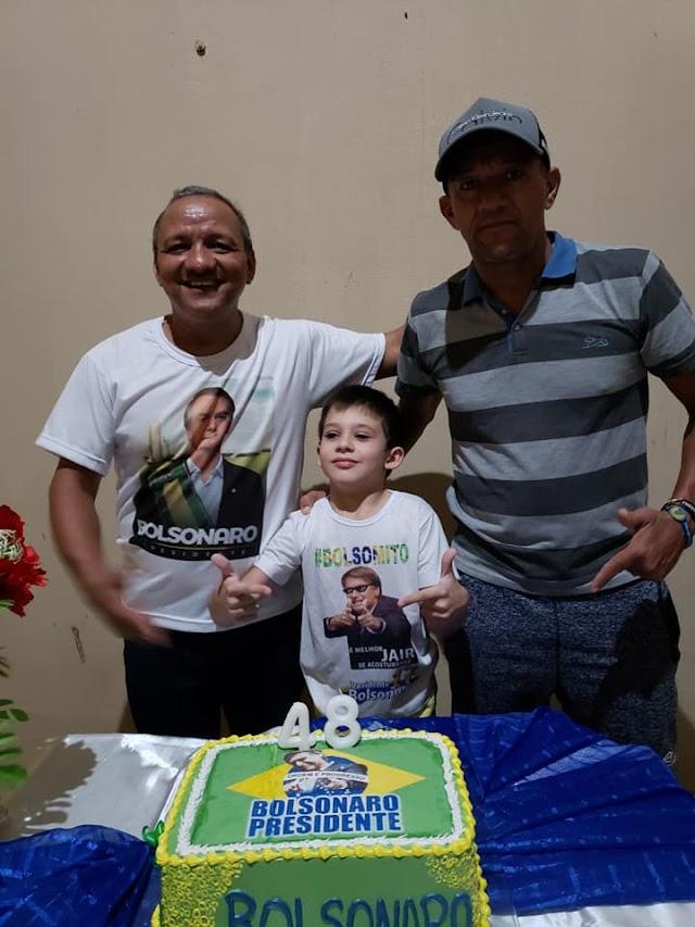 Agnaldo Alves comemora aniversário com tema do presidente Bolsonaro