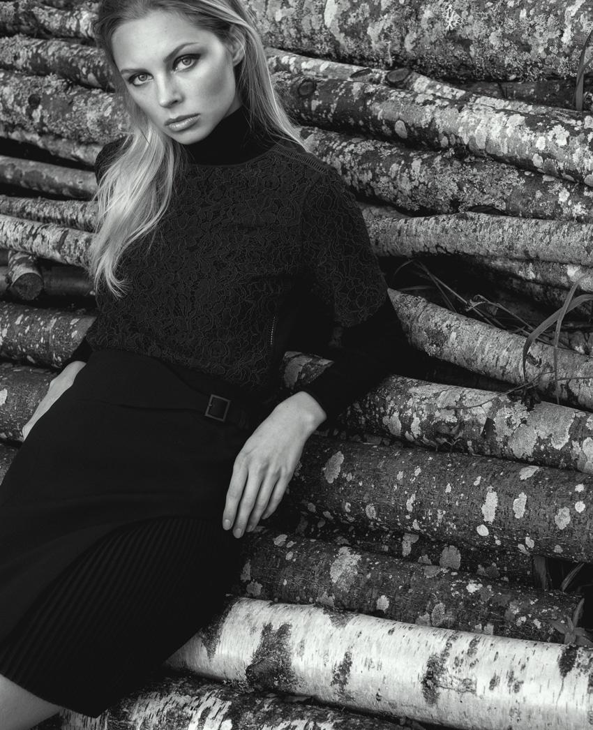 Sweater Max&Co, Skirt Karen Millen