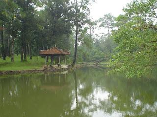 Lago junto a la Tumba Imperial Minh Mang - Hue (Vietnam)