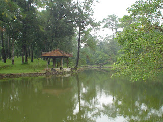 Lago vicino al Imperial Minh Mang Tomba - Hue (Vietnam)