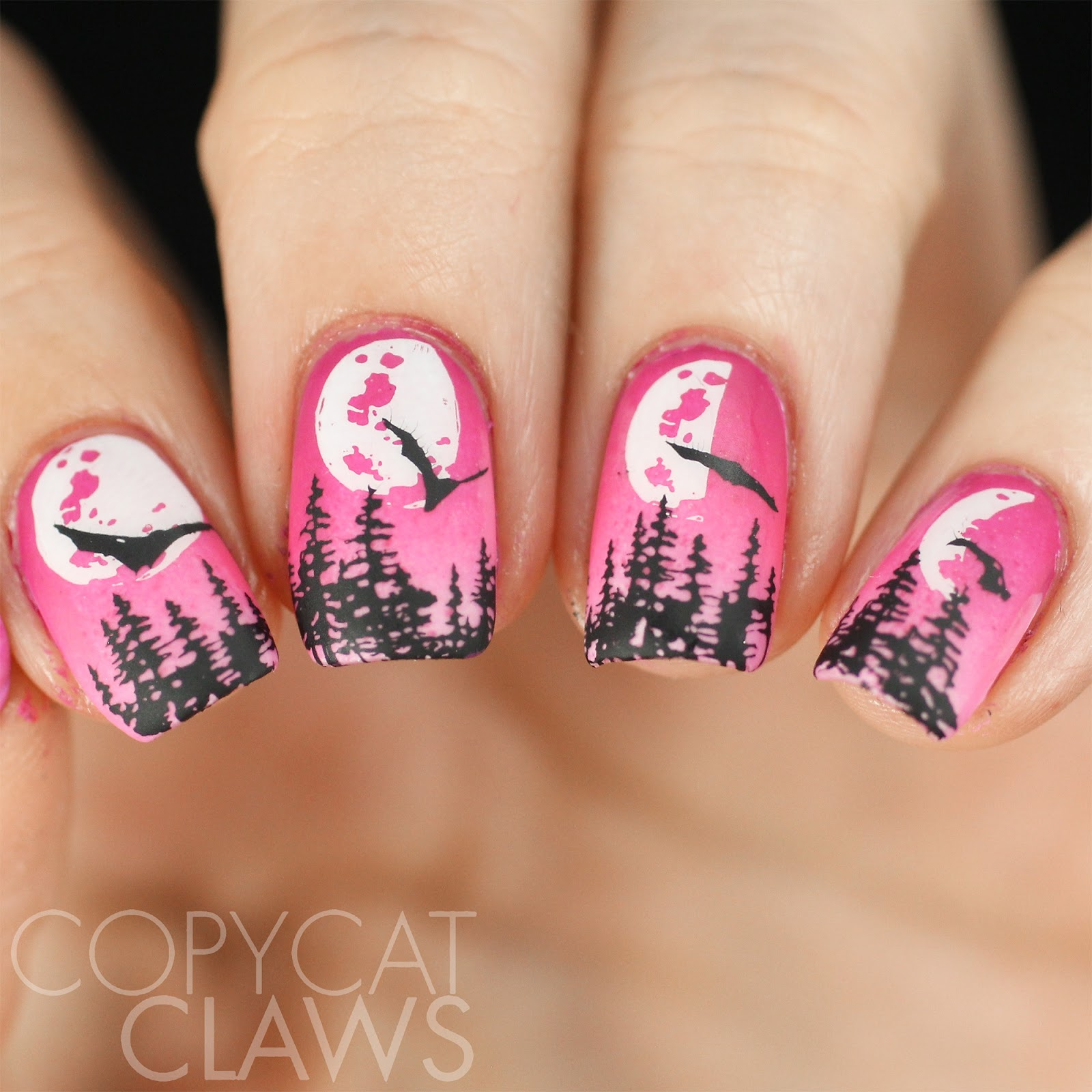 Copycat Claws: 26 Great Nail Art Ideas - Halloween In The Wrong Colors