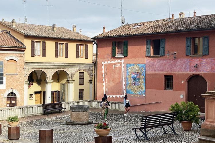 I murales di Dozza