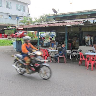 Wak-Kentut-Nasi-Lemak-Kulai-Johor-Malaysia