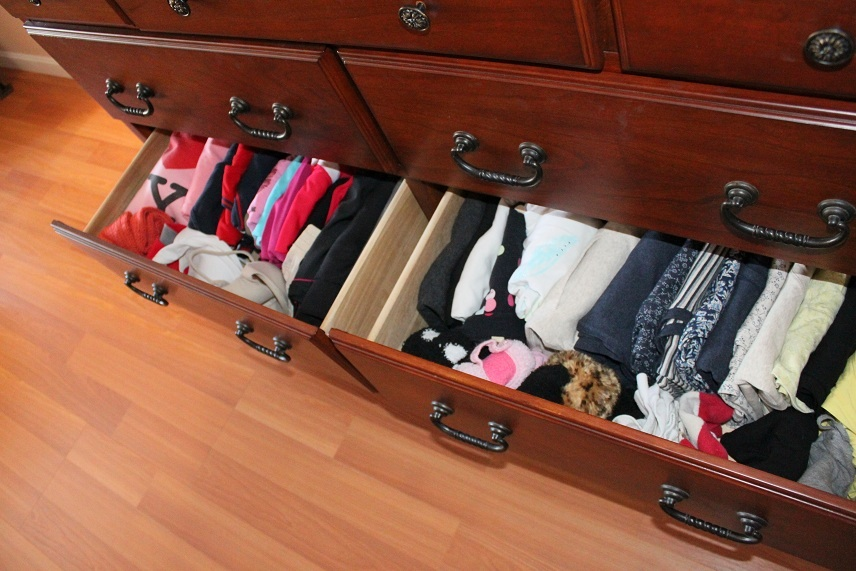How to Organize Your Bedroom Drawers