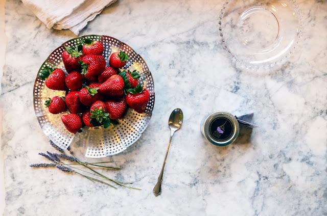 Lavender Chocolate Dipped Strawberries Recipe