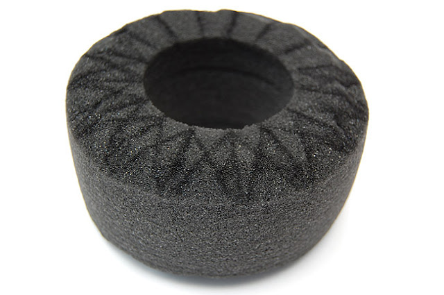 Axial AX10 wheel tire foam cutting