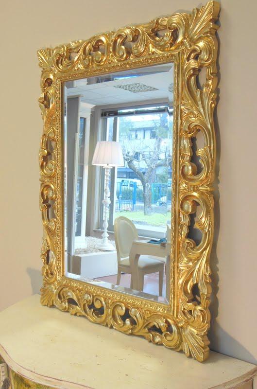 Specchiera cornice barocca intagliatata in foglia oro for Specchiera barocca