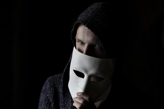Golpista está deixando a máscara cair