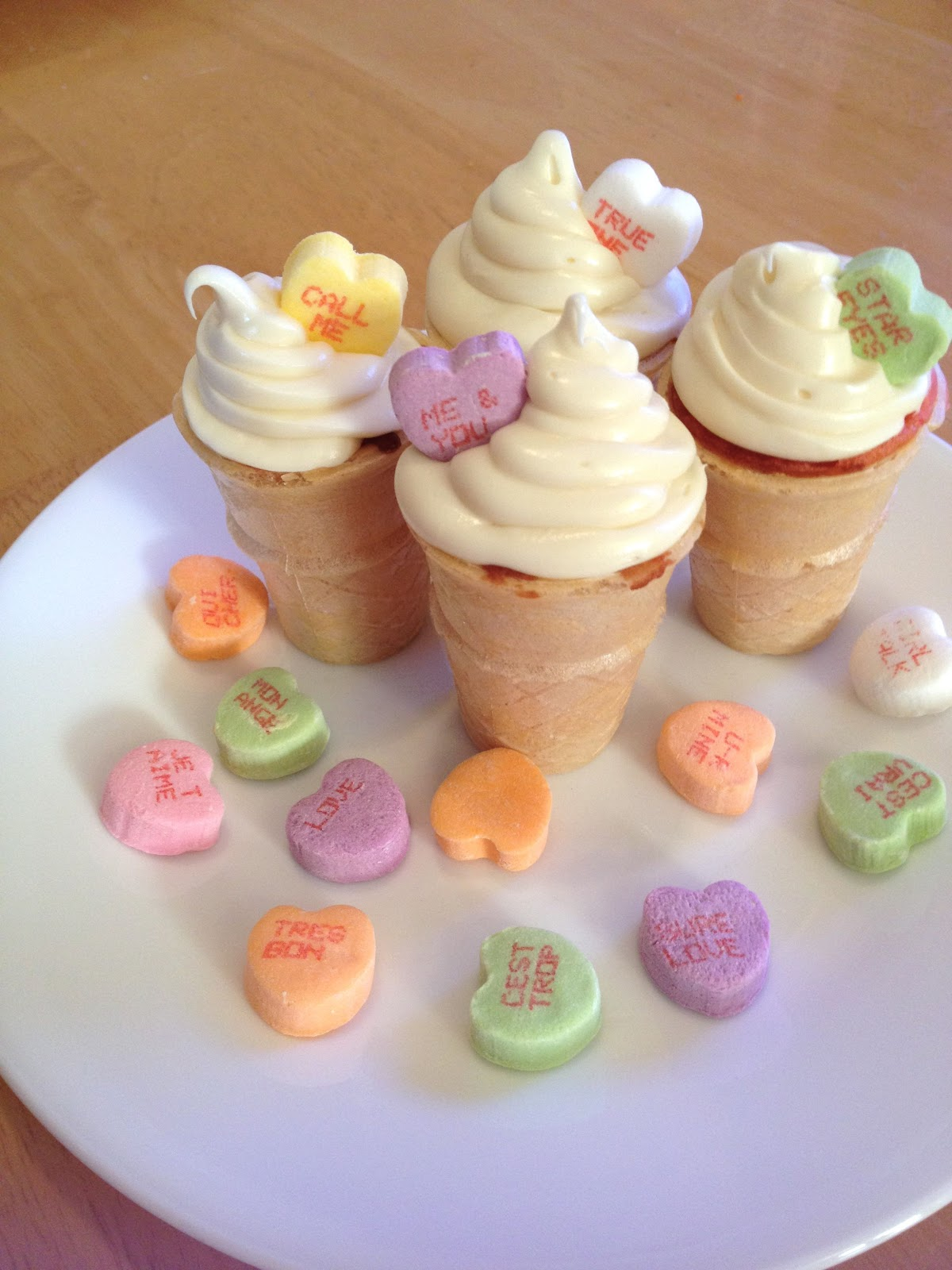 Valentines Day Mini Ice Cream Cupcakes Holly Muffin