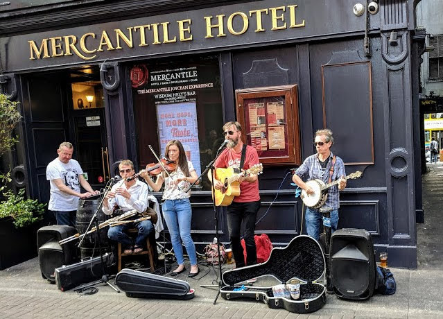One day in Dublin for Music Lovers: live music on Dame Lane