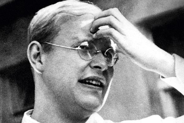 Persahabatan | Dietrich Bonhoeffer - Pendeta Asal Jerman