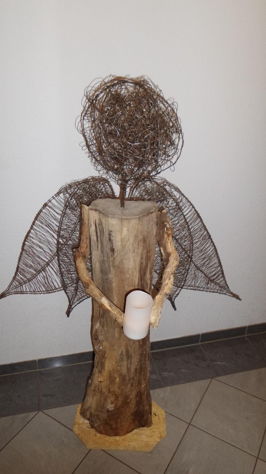 Willkommen bei frauhohmann: Draht Deko vor dem Haus - Draht flechten