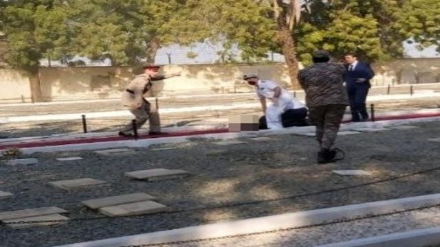 عاجل السعودية ـ تزامنا مع حضور القنصل الفرنسي وشخصيات دبلوماسية : جرحى إثر اعتداء بالمتفجرات داخل مقبرة لغير المسلمين بمدينة جدة (صور)