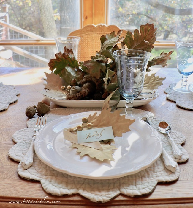 Thanksgiving Natural Centerpiece tips for using twigs, leaves, and acorns on a small table with room for conversation