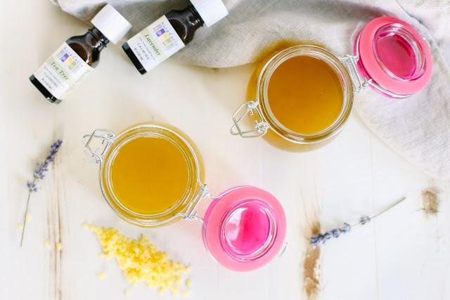 DIY: Cách làm kem trị vết bỏng hiệu quả từ tinh dầu