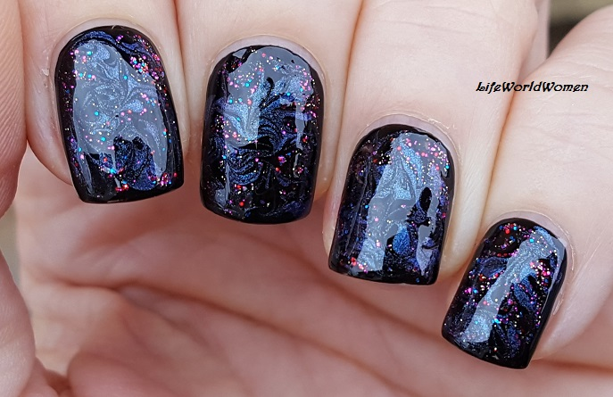 Life World Women Black Based Sparkle Marble Nail Art For New Years Eve
