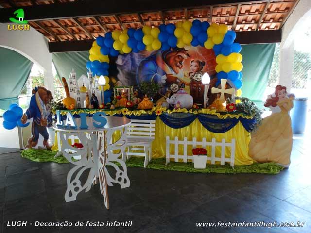 Decoração de festa infantil A Bela e a Fera para aniversário feminino - Mesa luxo de tecido