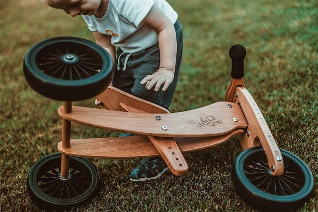 zabawa z rowerkiem