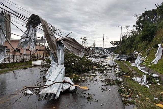 Com ventos de até 80 km/h, novo ciclone pode atingir o Paraná entre terça e quarta