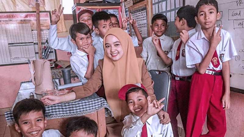 5 Alasan Mengapa Guru SD Terlihat Lebih Awet Muda