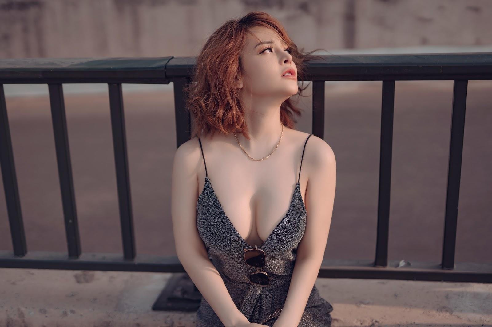 Jessica Nguyễn Về nước tránh dịch Corona cũng phải sexy