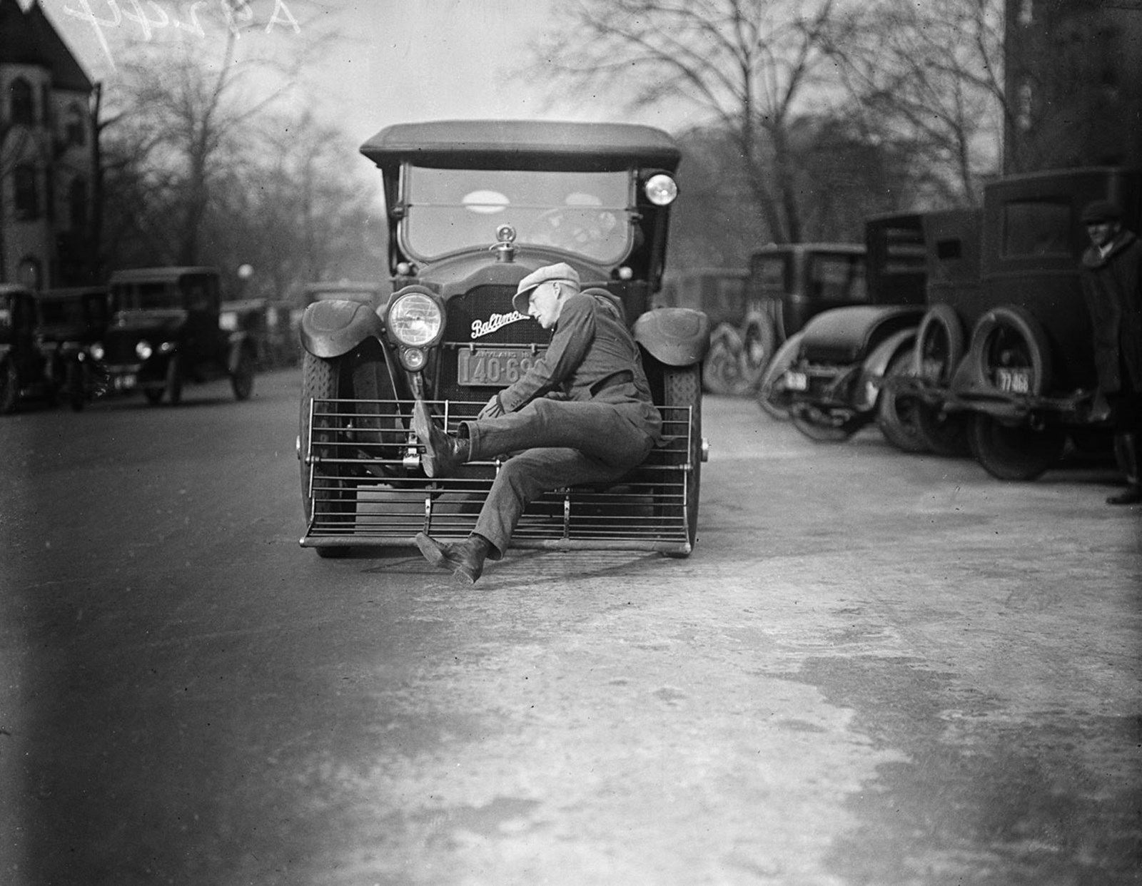 1920s-pedestrian-catcher-3.jpg