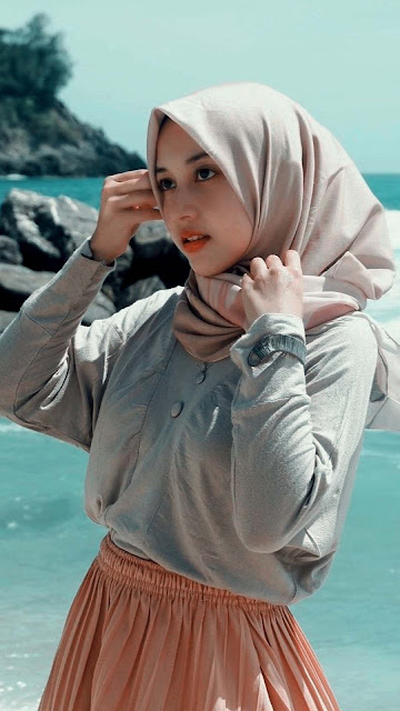 23 Awesome Prettiest Girl With Hijab Ultra HD Wallpaper for Android and iPhone | Wallpaper Cewek Cantik dan Manis Berhijab