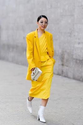 yellow pantone color outfit