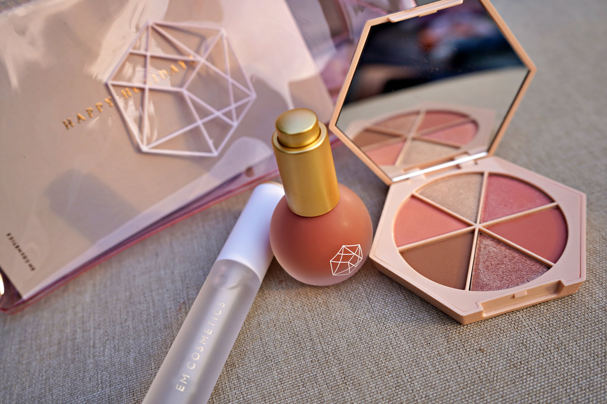 EM Cosmetics Starlight Glow Trio makeup