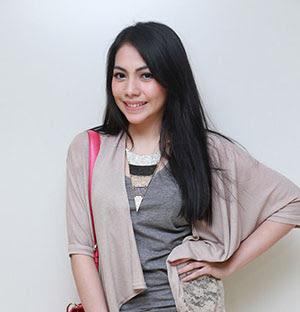 Kezia Karamoy pemeran Anisa