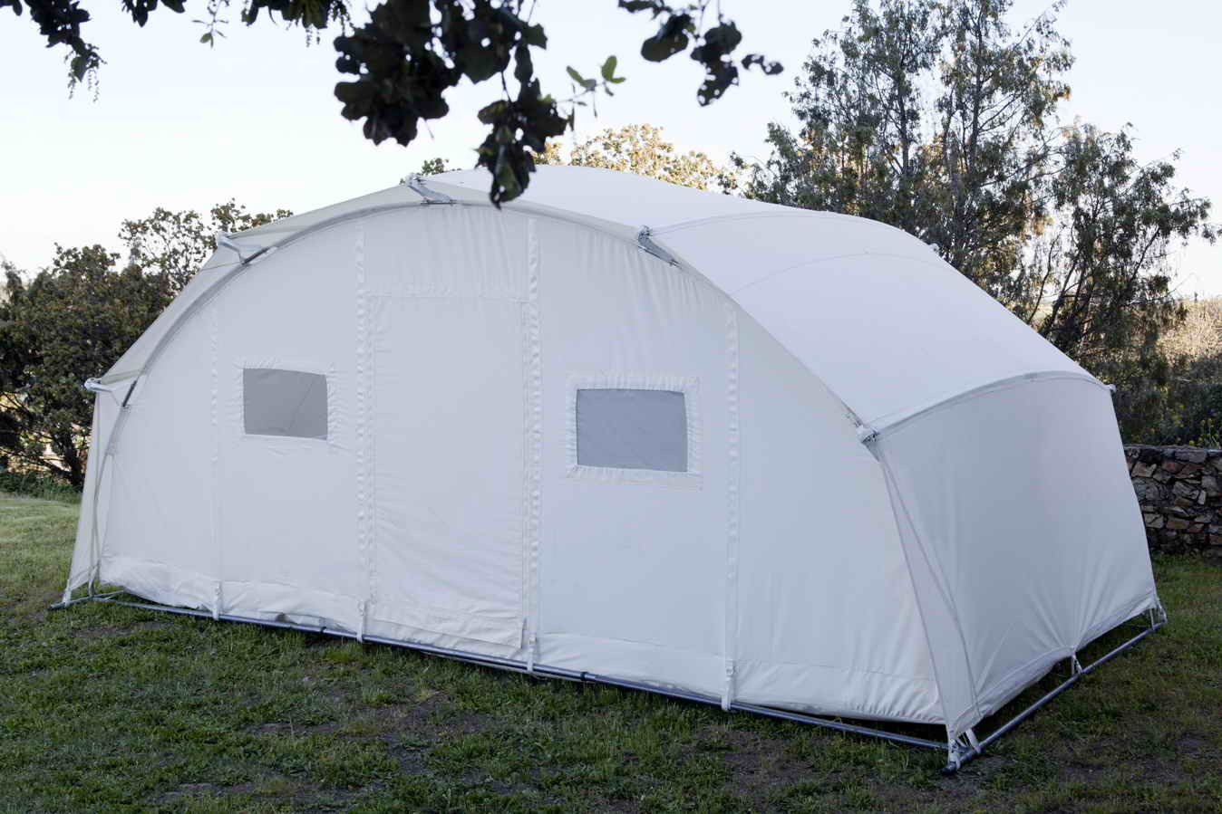Thermally isolated tent Ctents