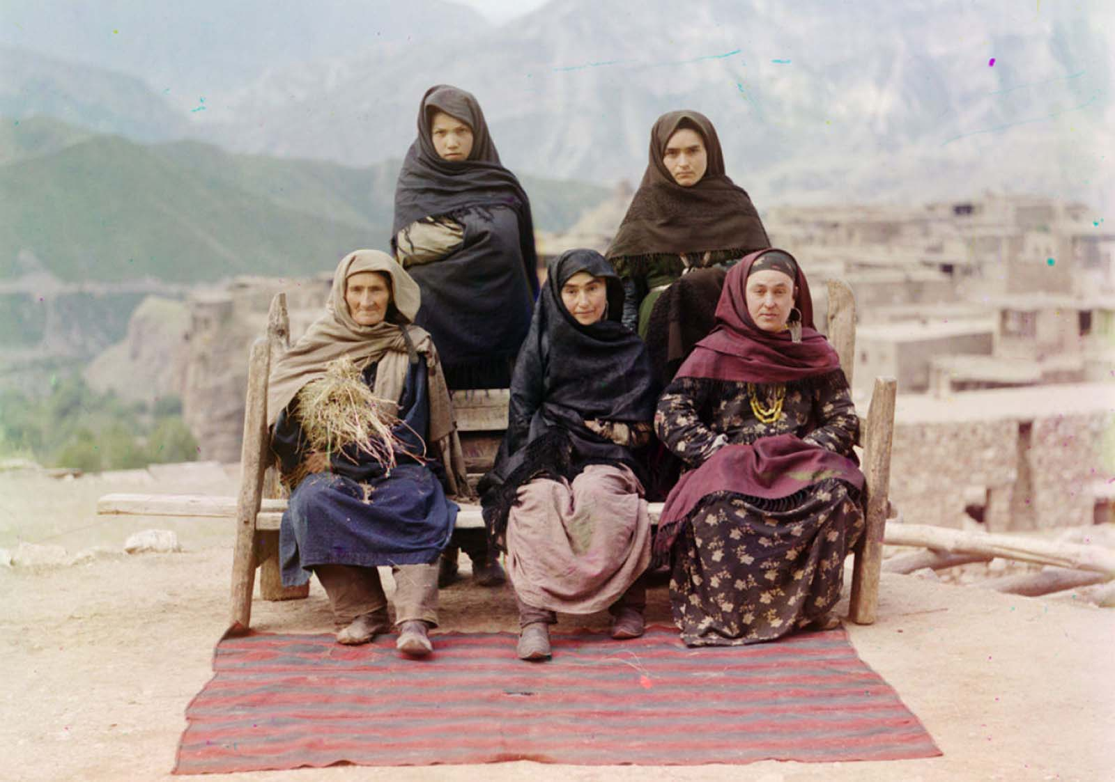 A group of women in Dagestan, ca. 1910.