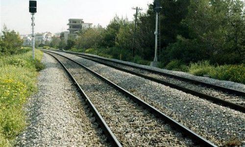 Μέσω Δυτικής Μακεδονίας θα προχωρήσει η σιδηροδρομική σύνδεση Ελλάδας Αλβανίας με ότι αυτό συνεπάγεται για την Ήπειρο, η οποία μέχρι σήμερα έχει χάσει το τρένο, έχει χάσει το φυσικό αέριο και μπορεί να χάσει μία ακόμη ευκαιρία.