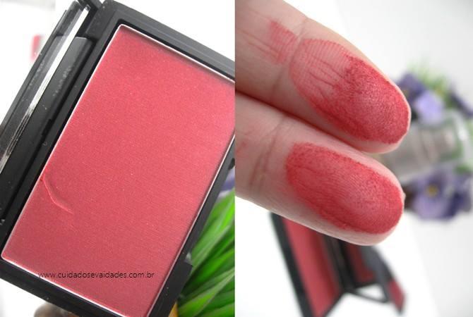 Blush Sleek MakeUp