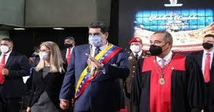 El presidente del TSJ Maikel Moreno,  aseguró que los diputados de la gestión anterior de la  AN  deben ser sancionados conforme a la ley