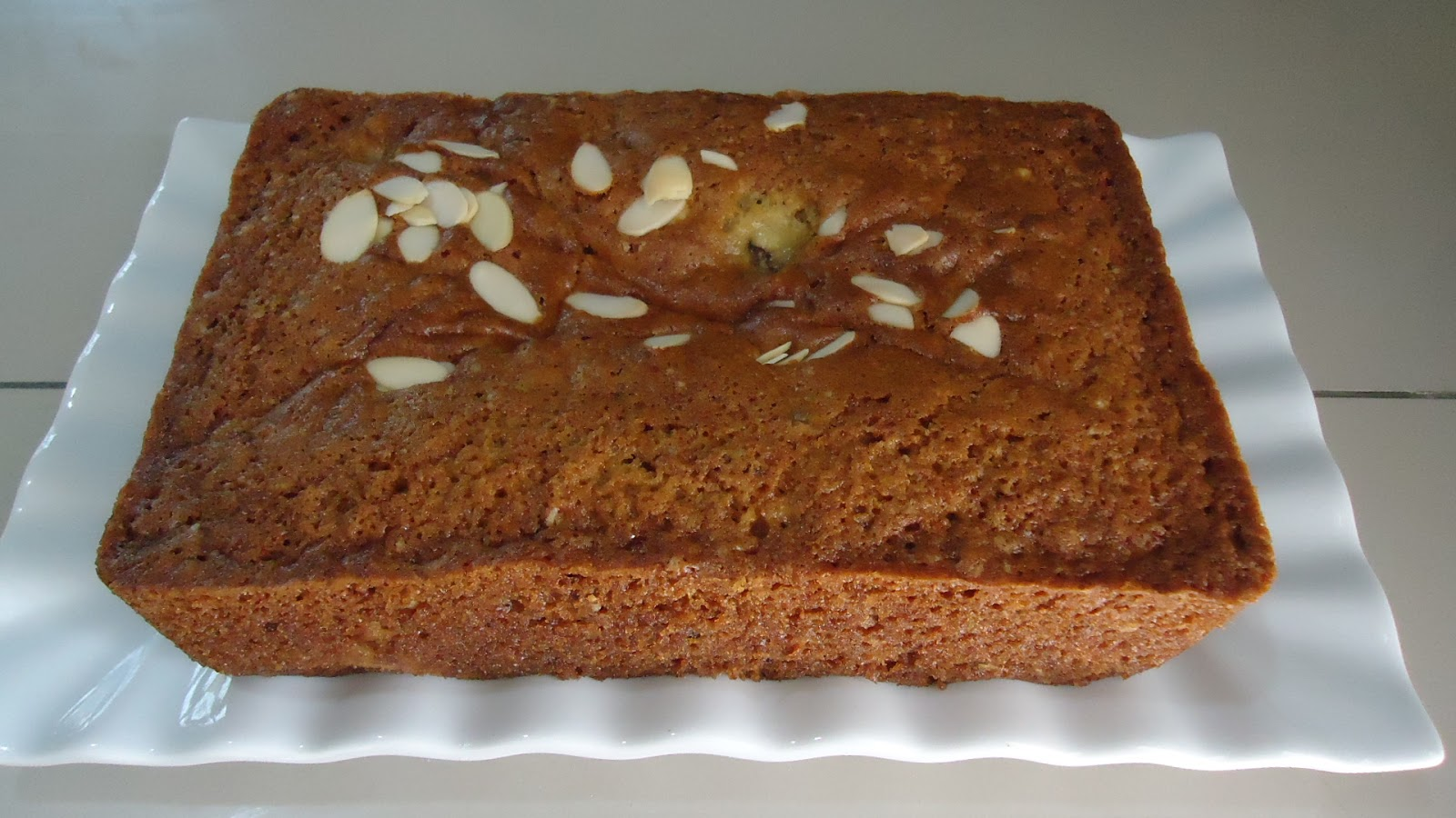 Zara ♥ Baking: JANET'S RICH BANANA BREAD...