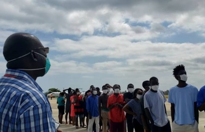 La République dominicaine au cours de l'année 2020, a rapatrié 23 664 citoyens haïtiens vivant dans ce pays, sans aucune personnalité juridique.